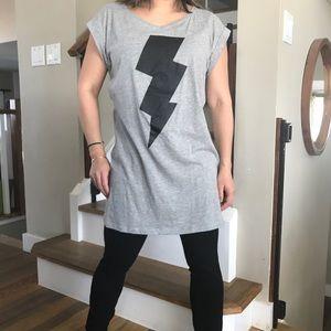 Noisy May lightning bolt graphic T-shirt Tunic